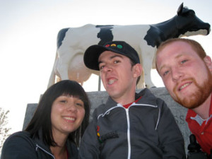 Sam, Jeff and Pete in front of the big cow in Woodstock